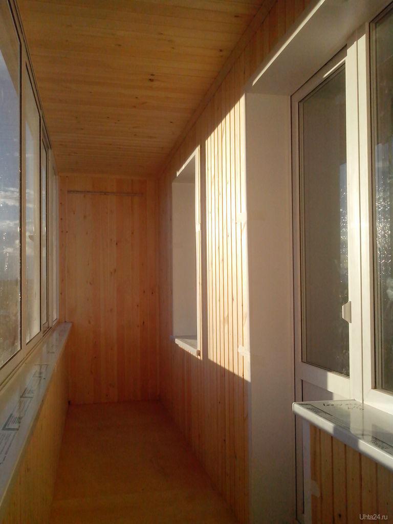Фотография внутренняя обшивка, балконный блок, окно фотограф.