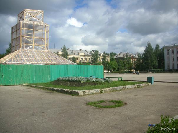 Первомайская пл, реставрация памятника Ленину, 2007 г. Улицы города Ухта