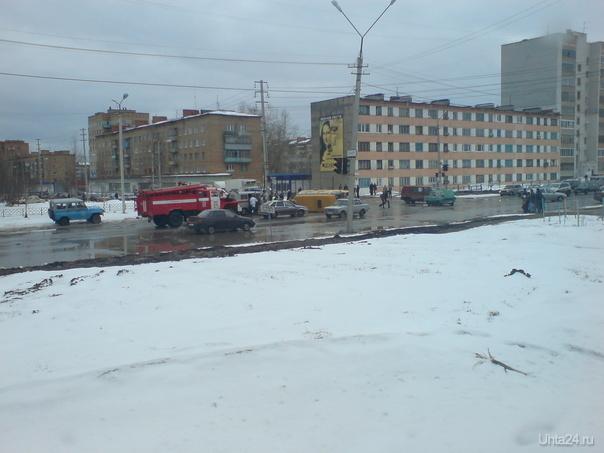 В Ухте перевернулась пассажирская маршрутка  Ухта