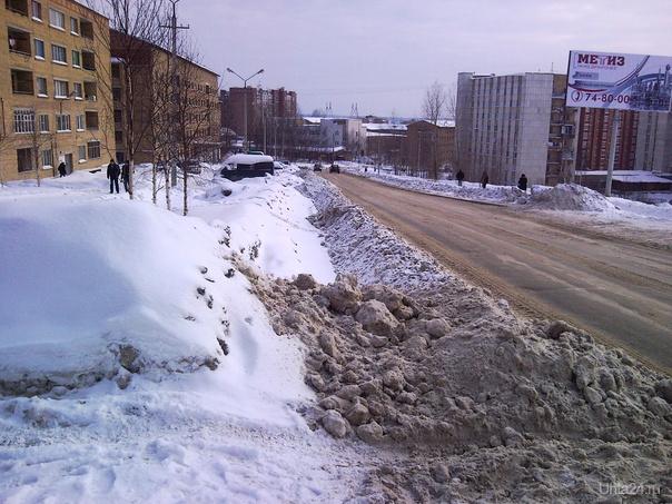 Как чистят снег в Ухте