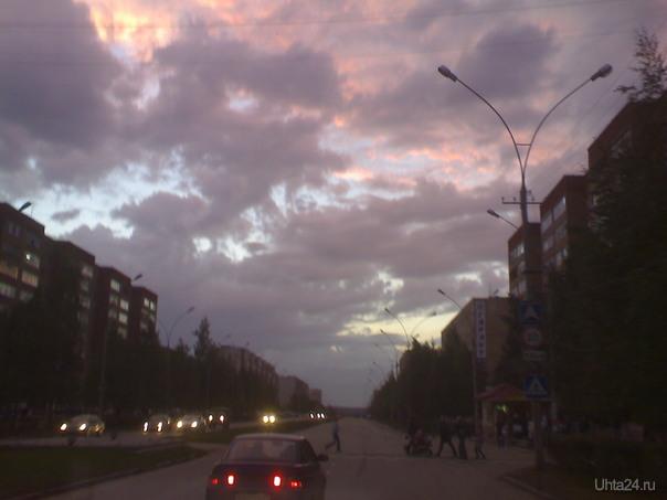 Канун дня нефтяника-газовика... Улицы города Ухта