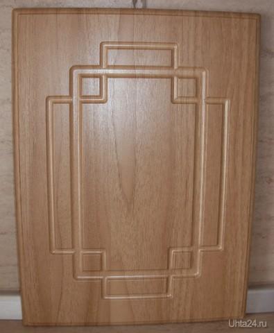 Фасад МДФ-ПВХ (16мм) Дуб золотистый матовый-2. Рисунок Лабиринт.Возможны любые сочетания цветов рисунка  БОГОРОДСКАЯ, СТУДИЯ МЕБЕЛИ Ухта