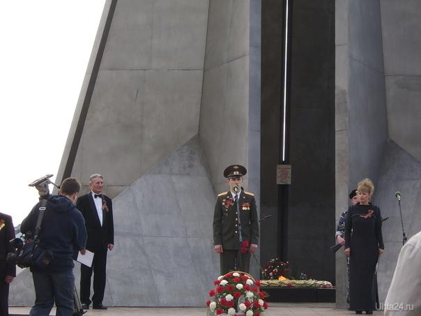 Военком г.Ухты Стринадкин поздравляет с Днём Победы. 9 мая 2009года Мероприятия Ухта