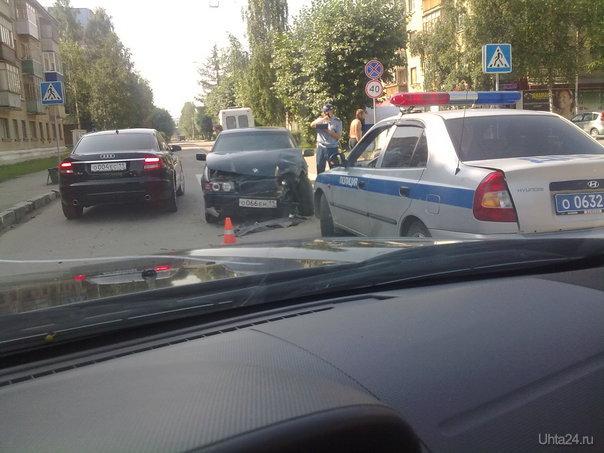 25.07.2011.  Перекресток Оплеснина-Октябрьская.  Ухта