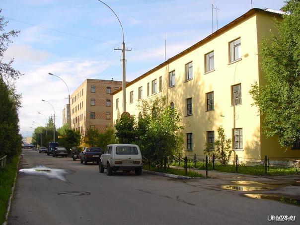 ул. Бушуева, здания милиции и городского суда  Улицы города Ухта