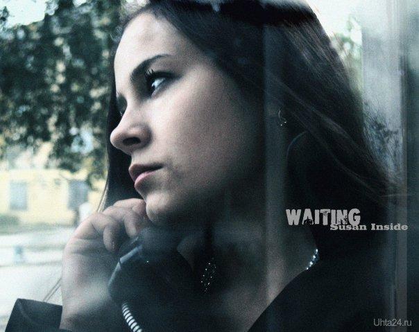 а это фото сделано в телефонной будке на Первомайской площади. Модные ухтиночки Ухта