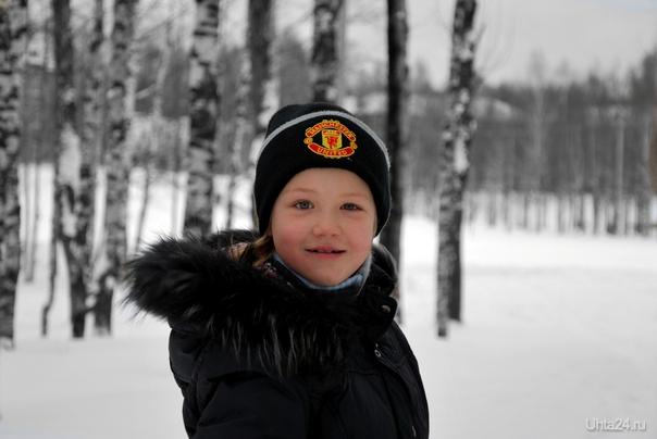 Растет поколение болельщиков Manchester United. Дочь в папу.. Разное Ухта