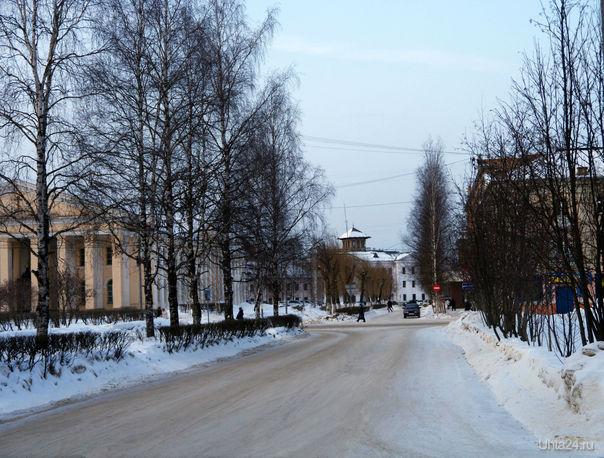 Улица Пушкина (Пушкинская) и Октябрьская. 2012 г. Улицы города Ухта