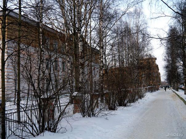 Школа №2 (улица Мира). 2012 г. Улицы города Ухта