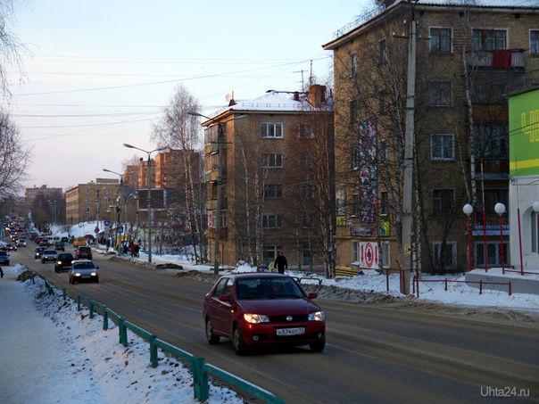 Улица Октябрьская. 2012 г. Улицы города Ухта