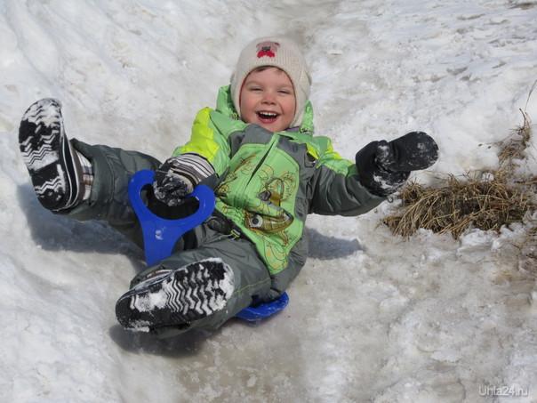 Надо успеть весело проводить зиму, и от души покататься на горках!!!! Скоро весна!!!! Разное Ухта