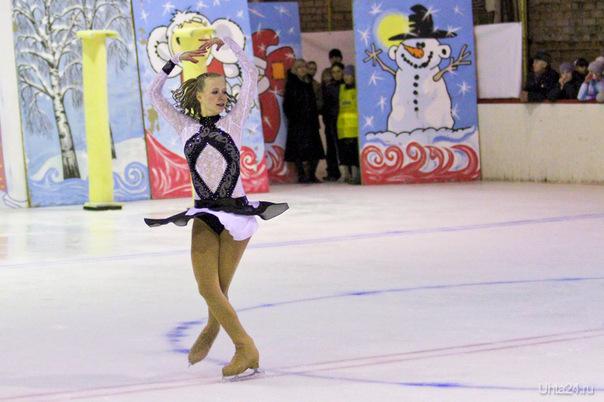 Ледовое шоу на крытом катке ДЮСШ 1 в Детском Парке 08.04.2012 Мероприятия Ухта