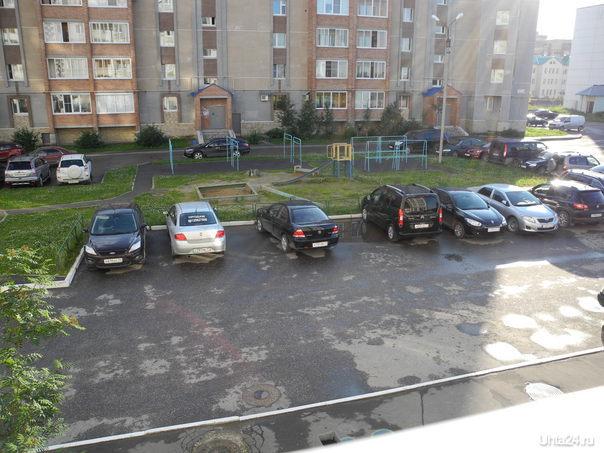 Где так учат парковаться...  Ухта