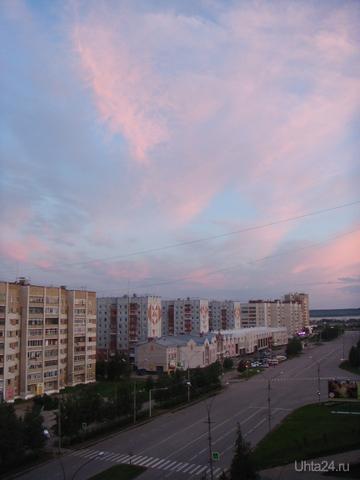 Еще одна белая ночь. 13.07.2012г.   02:25 Улицы города Ухта