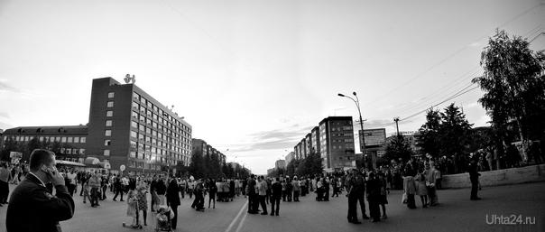 Фото с концерта, посвященному дню работников нефтяной и газовой промышленности Мероприятия Ухта