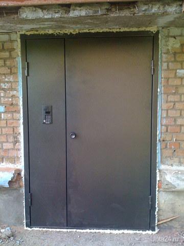 установка металлических дверей на подъезд