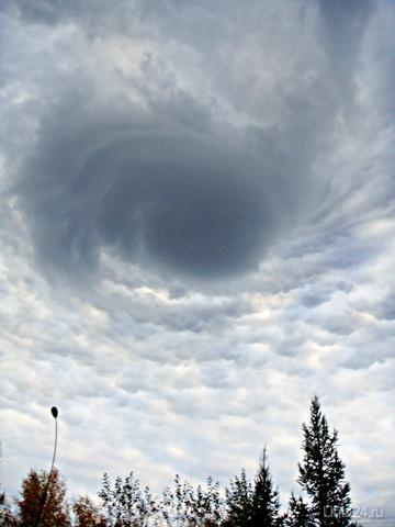 Небо над Парком КиО 17ч.  20.09.12г. Природа Ухты и Коми Ухта