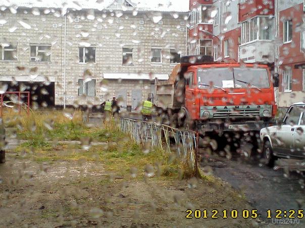 Ухта, двор по проспекту Ленина 41 Улицы города Ухта