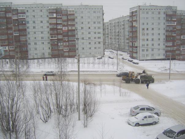 2 машины снега увезли с этого участка.Это сколько тонн?  Ухта