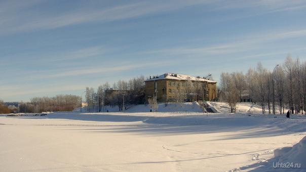 Снежно-солнечный март Улицы города Ухта