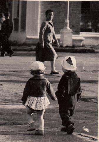 Описание: здравствуй моя первая любовь-ухта-где то 1962г. Улицы города Ухта