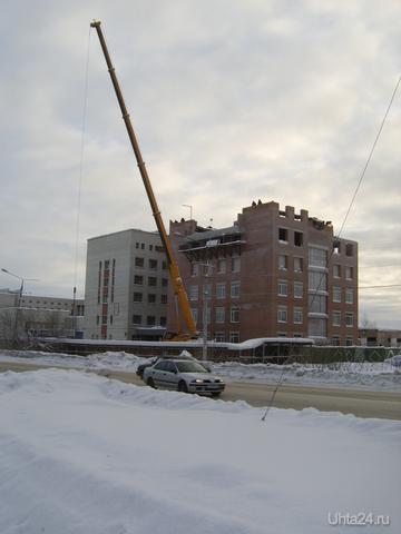 Стройка на ул.Сенюкова Улицы города Ухта