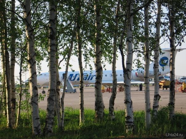 Самолет Улицы города Ухта