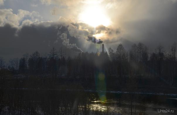 Трубы, небо, облака Природа Ухты и Коми Ухта
