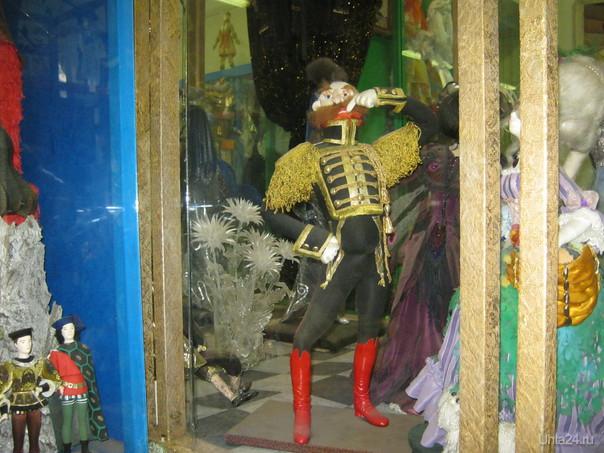Поручик Ржевский. Музей кукол в Петербурге.  Ухта