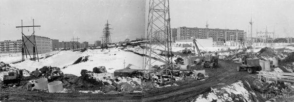 Будущий проспект Советский космонавтов и будущий перекресток с улицей Сенюкова. Автор фото: Александр Мансуров ноябрь 1978 (НЭП №43(296) от 21 ноября 2014 г.)  Ухта
