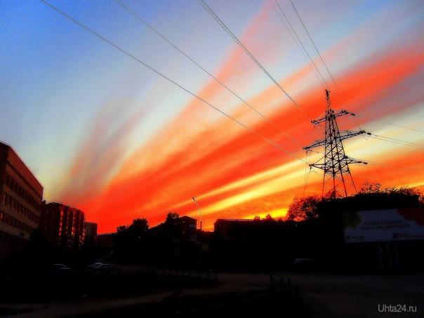 Пламенный Рассвет над Пионер-горой  Ухта