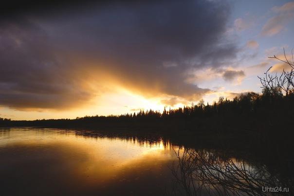 И капли первые дождя в расплавленное золото упали... Природа Ухты и Коми Ухта
