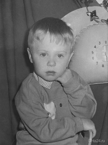 Первый серьезный портрет в фотоателье на Оплеснина :)  Ухта