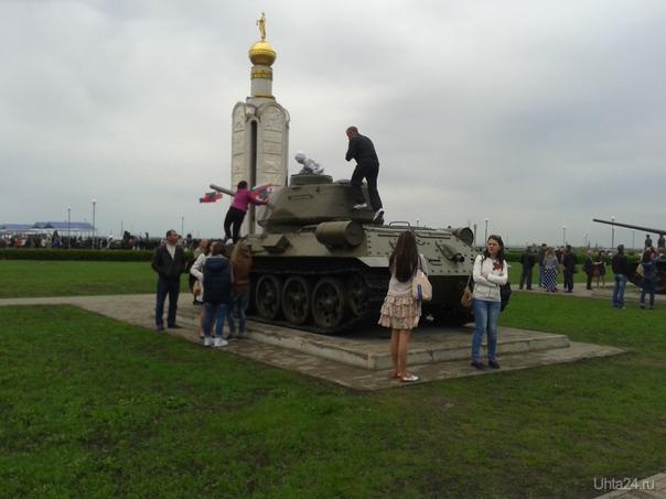 На поле сражения  Ухта