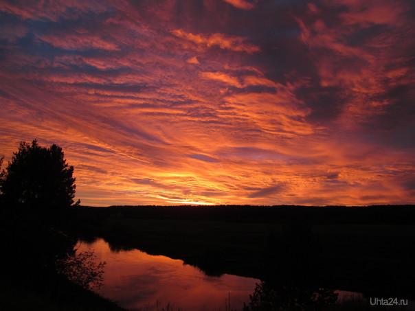Рассвет над рекой  Ухта