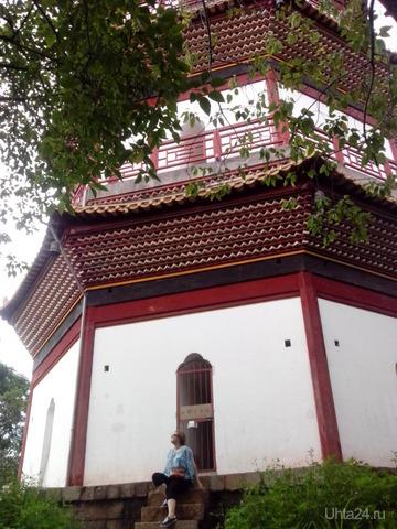 пагода туда не пускают(( и будду купить не дали(( сказали, что если не буддист, то это богохульство((  Ухта