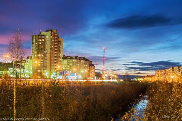 Вечерние Набережные. Таким красивым и многоцветным небо может быть только вечером и в очень короткий отрезок времени!  Ухта