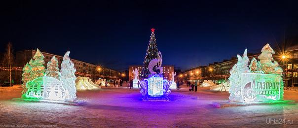 Новогодняя панорамка. Эхх, скоро-скоро Новый Год настанет :) Улицы города Ухта