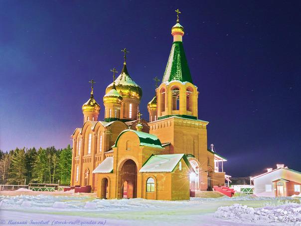 С Рождеством Христовым! Улицы города Ухта