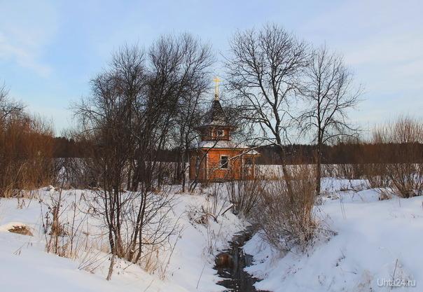 Часовенка на территории санатория Нижнее Ивкино, Кировская область.  Ухта