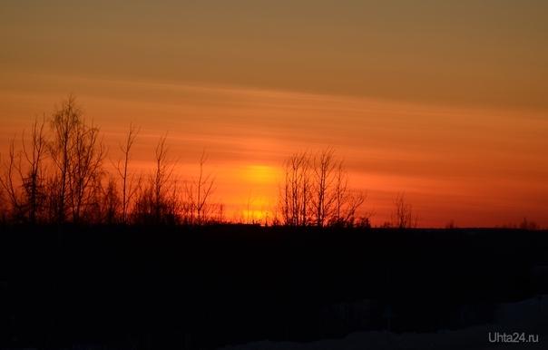 блин у вас на земле как у нас на марсе прям закат,попозже покажу наш Природа Ухты и Коми Ухта
