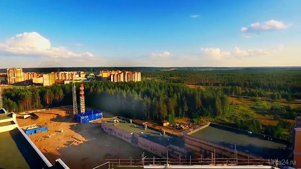 Газпром (внутренний двор).   Ухта