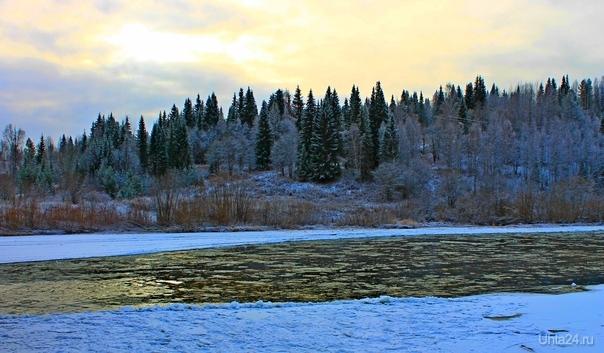 На берегу замерзающей Ухты Природа Ухты и Коми Ухта