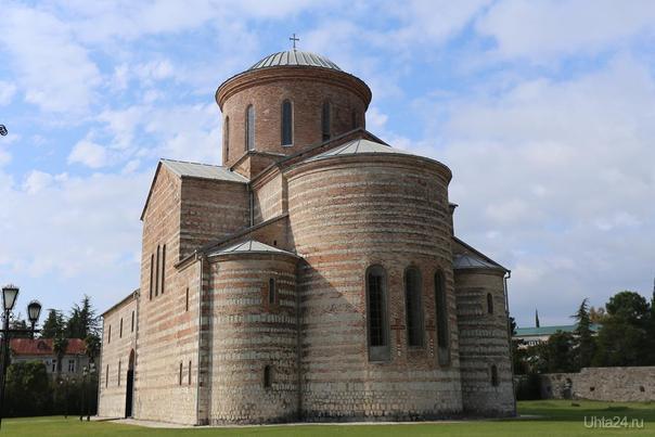 Абхазия. г. Пицунда, православный храм октябрь 2016  Ухта