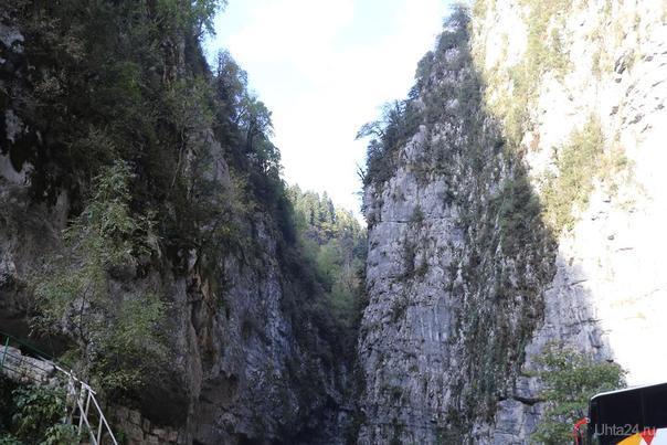 Абхазия. Дорога на озеро Рица каменный мешок октябрь 2016 Мир глазами ухтинцев Ухта