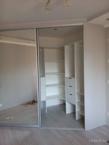 Встроенный шкаф. Изготовлен Жуковым Сергеем. Установлен мной.  Ухта