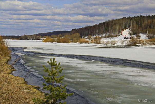 Река Ухта в апреле  Ухта