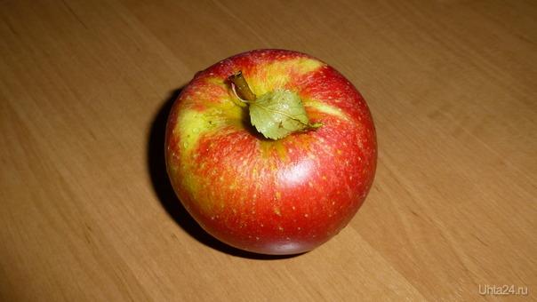 Просто яблоко. Разное Ухта