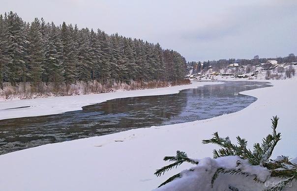 Декабрь. Река ещё не замёрзла...  Ухта