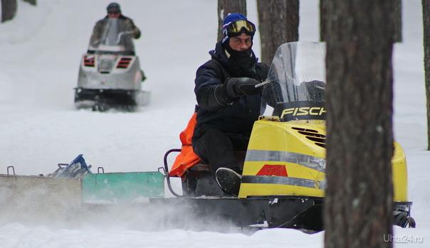 Сегодня в Шудаяге открыли лыжную освещённую трассу (подготовка трассы) Спорт Ухта